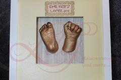 3d Gipsabdruck Babyfuß Babyhand bronze im Rahmen Burg Stargard Mecklenburg Stavenhagen